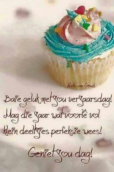 Baie geluk Best Birthday Wishes Quotes, Happy Birthday Wishes Cards, Happy Birthday Meme, Happy Wishes, Happy Birthday Images, Birthday Msgs, Birthday Qoutes, Birthday Prayer, Birthday Messages