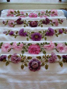 Crochet Clara motif by Fionitta - Bikinis Crochet Silk Ribbon Embroidery, Cross Stitch Embroidery, Embroidery Patterns, Hand Embroidery, Ribbon Art, Ribbon Crafts, Flower Crafts, Band Kunst, Ribbon Projects