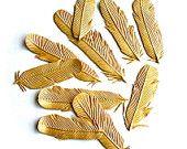 Edible Gold Feathers 1 dozen -Bride's Magazine 2013- Great Gatsby, Roaring 20's, Desert, Gypsy, Tribal edible wedding cake decoration. - pinned by pin4etsy.com