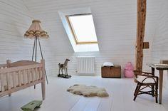 DREAMHOUSE: barnrum
