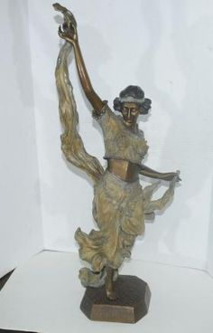 Art Nouveau Bronze Egyptian Dancer Statue de Gori