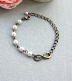 Pulsera del infinito. Regalos de damas de honor. Hermanas amor Infiniti, marfil perlas pulsera ajustable. Hija de madre. De la boda. Regalos de Navidad.