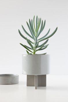Planter + Tray  Blue ash Ceramic planter - ceramic tray - sculptural form - modern planter - glazed ceramic - tabletop planter Modern Planters, Outdoor Planters, Slab Pottery, Pottery Plates, Face Planters, Planter Pots, Glazed Ceramic, Ceramic Art, Slab Ceramics