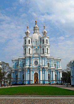 Sankt-Peterburg / Санкт-Петербург (Russia) - Smolny Cathedral by Danielzolli, via Flickr