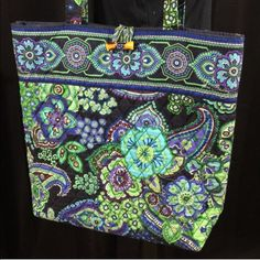 """1 DAY SALE!Vera Bradley Blue Rhapsody Tote In stunning condition! No flaws. Inside is clean and bright, no stains or tears. Features a tortoise toggle, removable baseboard. Handle drop is 12"""". Bag measures 15""""x13""""x3"""". 100% cotton. DR009 LD012015 70 Vera Bradley Bags Totes"""