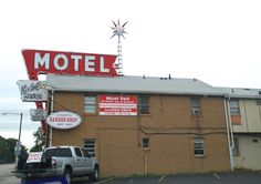 """""""Bel Aire Motel"""" in Springfield Illinois  http://route66jp.info Route 66 blog ; http://2441.blog54.fc2.com https://www.facebook.com/groups/529713950495809/"""