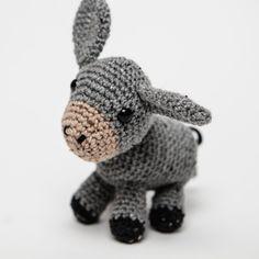 Crocheted Farmyard Animals – Irish Design Shop Irish Design, Farm Yard, Design Shop, Chrochet, Kids Toys, New Baby Products, Dinosaur Stuffed Animal, Textiles, Wool