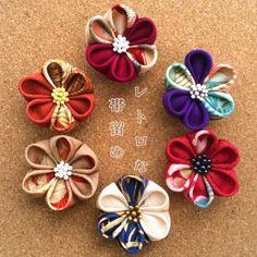 正絹帯留め。つまみ細工「わかよたれそ」   HandMade in Japan 手仕事の新しいマーケットプレイス iichi