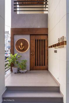 Modern Entrance Door, Main Entrance Door Design, Home Entrance Decor, House Entrance, Entrance Doors, Entryway Decor, Entrance Ideas, Pooja Room Door Design, Door Design Interior
