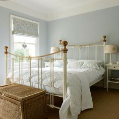 Main bedroom | Victorian semi in Berkshire | House tour | PHOTO GALLERY | Style at Home | Housetohome.co.uk