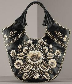 isabella fiore forget me not tote Isabella Fiore Forget Me Knot Tote. I really don't like purses but I like this one. Boho Hippie, Tote Handbags, Purses And Handbags, Fashion Bags, Fashion Handbags, Hippy Chic, Embroidered Bag, Boho Bags, Wholesale Bags