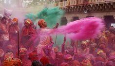 Rose et vert - Holî. De bruit et de couleurs -  #INDIA ParisMatch.com