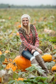 NEW Flannel at Hoity Toity | Fur Lined Vest | Knee High Boots | Beanies | Pumpkin Patch Outfit | FALL