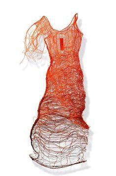 JOANNA SKURSKA ~ Natalie (2000) Telephone wire dress sculpture | via Red Corridor Gallery Objekte JO17 Telephondraht