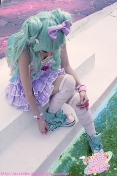 Pastel fairy kei/lolita look I'm gonna try one of these days Pastel Goth Fashion, Kawaii Fashion, Lolita Fashion, Cute Fashion, Gyaru Fashion, Harajuku Girls, Mode Harajuku, Harajuku Japan, Harajuku Style