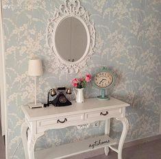 Ayna, Dresuar, Duvar kağıdı, Antre