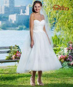 d6e0b5be5b8 Vestidos Sweetheart Short Wedding Dress Beach Wedding Dress Open Back Mid  calf Off The Shoulder Vestidos de Novia 2017 WD34-in Wedding Dresses from  Weddings ...
