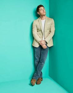 Entertainment Weekly photo outtake during SDCC. Jensen Is so ethereal.