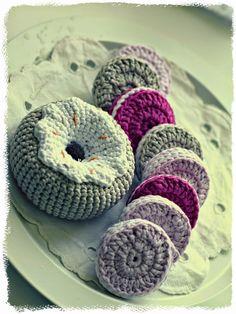 Jotain uutta, vanhaa, käsintehtyä ja kaunista.: 5. Lisää donitseja ja keksejä.