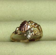 Black Hills Gold Bracelet Vintage Black Hills Gold Ring in Gold, Size 7 - Angel Wing Earrings, Lace Earrings, Black Hills Gold Jewelry, Love Ring, Vintage Black, Gifts For Friends, Bracelet Watch, Jewelery, Gold Rings