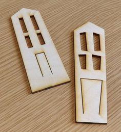 Wooden house brooch badge #Jewelry  #Brooch #Wood  #AtelierRaniera #Sheffield  #Giftidea #Christmas #Halloween #Woodenhouse  #Customizable
