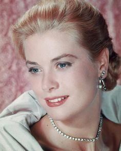Grace Kelly - actress, humanitarian, feminist, princess. A woman who lived up to her name in every way possible.