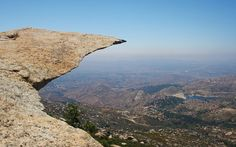 """7 of the most popular hiking trails in San Diego – includinguser reviews, pros / cons, and difficulty level  1.Mt. Woodson Trail, aka """"Potato Chip Rock"""" (Poway – San Diego, CA) Mt Woodson Trail, Poway, CA 92064– Get Directions Looking down on a second lake Photo by:Mark Mount Woodson Trail, also known as """"Potato Chip …"""