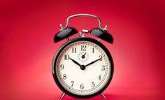 Hodina narození určuje vaši povahu: Přišli jste na svět před půlnocí, nebo po obědě? Alarm Clock, Fitness, Decor, Astrology, Projection Alarm Clock, Decoration, Alarm Clocks, Decorating, Deco