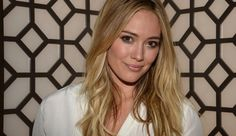 Hilary Duff reveals why her marriage to Mike Comrie fell apart in the April issue of (Image credit: Getty) Celebrity Couples, Celebrity Gossip, Celebrity Style, Mike Comrie, Isla Fisher, Kendall Jenner Outfits, Hilary Duff, Eva Longoria, Victoria Dress