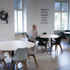 Cocoquadrat - Cowork, Coffee, Community. Cooles Konzept! Wiedner Haupstraße 65, open Mo-Fr 07:00-22:00, Sa, So & Feiertage 09:00-18:00