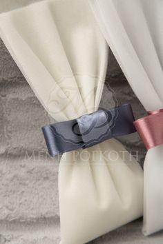 Μένη Ρογκότη - Μπομπονιέρες γάμου σε κλασικό ύφος από τούλι με σατέν φιόγκο σε υπέροχα χρώματα