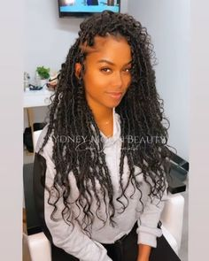 Faux Locs Hairstyles, Black Girl Braided Hairstyles, Ethnic Hairstyles, Pretty Hairstyles, Girl Hairstyles, Curly Hair Tips, Curly Hair Styles, Natural Hair Styles, Dreads