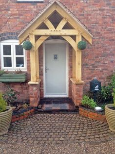 Unassuming registered wrap around porch design more helpful hints Cottage Porch, House Front, Porch Design, Cottage Front Doors, Timber Frame Porch, Porch Kits, Porch Canopy, Building A Porch, Wooden Porch