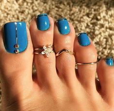 Set of Celebrity Silver Daisy Toe Ring Women Punk Style Finger Foot Jewelry Pretty Toe Nails, Cute Toe Nails, Pretty Toes, Fancy Nails, Toe Nail Color, Toe Nail Art, Pedicure Designs, Toe Nail Designs, Pedicure Ideas