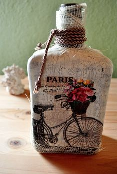 How to decoupage with crackle effect on glass bottle. Final Photo