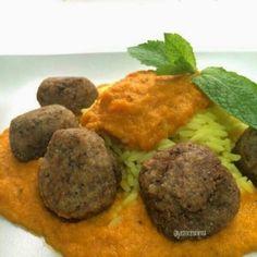 Albondigas de trigo sarraceno con salsa de zanahorias Going Vegan, Baked Potato, Vegan Recipes, Beef, Baking, Ethnic Recipes, Food, Gourmet, Vegan Vegetarian