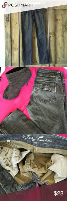 Juicy Couture Jeans Worn just right. No rips or stains. Too cute to pass up. ?? Juicy Couture Jeans Skinny