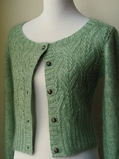 Photo above © bettyspurls This Knit pattern / tutorial is available for free. Cardigan Pattern, Crochet Cardigan, Knit Crochet, Rowan Knitting, Rowan Yarn, Crochet Magazine, Textiles, Mohair Sweater, Dressmaking