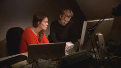 Sharyn Alfonsi reports on how cellphones and mobile phone networks are vulnerable to hacking