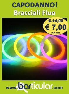 Bracciali fluo in confezioni da 100 pezzi, 5 colori. http://www.barticular.com/store/speciale-capodanno/bracciali-party-fluo