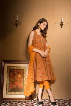 Bareeze Unstitched Winter Collection 2017 SKU: with model Neha Rajpoot Pakistani Fashion Casual, Pakistani Dresses Casual, Pakistani Dress Design, Indian Dresses, Pakistani Clothing, Simple Dresses, Casual Dresses, Fashion Dresses, Women's Fashion
