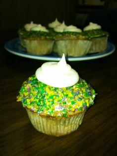 MARDI GRAS! My King Cake cupcakes! Cinnamon swirl cake with a vanilla creme center and vanilla cream cheese frosting!