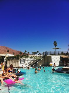 Poolside at Ace Hotel in Palm Springs. // processed with #vscocam app