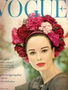 Know your fashion history? Then test it out with this look at vintage Vogue magazine covers from the and Capas Vintage Da Vogue, Vogue Vintage, Vintage Vogue Covers, Vintage Hats, Vintage Glam, Vintage Floral, Vintage Ladies, Vogue Magazine Covers, Fashion Magazine Cover
