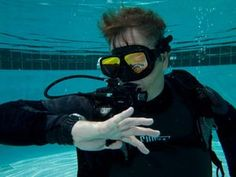Why do some divers struggle to get down? There are a number of factors at play, but here's how to determine how much weight you will need.