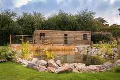 Rustic Woodcutters Cabin Cornwall, Self-catering Nr Mawgan Porth with pool