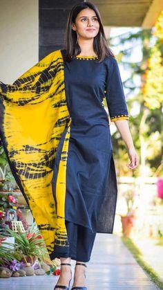 Silk Kurti Designs, Simple Kurta Designs, Kurta Designs Women, Kurti Designs Party Wear, Churidar Designs, Salwar Kameez Neck Designs, Punjabi Suit Neck Designs, Indian Salwar Kameez, Churidar Suits