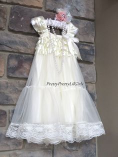 Ivory Lace Girls Dress- Perfect Ivory Flower Girl Dress- Tulle Dress – Pretty Pretty Lil Girls