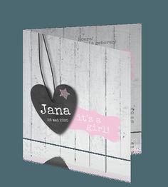 Hippe stoere geboortekaart meisje hout met schoolbord hart. #geboortekaartje #babykaartje