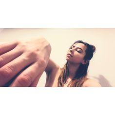 @katgordesign #body #woman #hand
